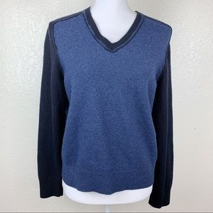 Banana Republic %100 fine merino wool sweater